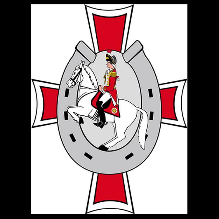 Das Logo der Kavallerie zeigt einen Ehrengardisten auf einem Pferd vor einem Hufeisen im Hintergrund befindet sich ein Kreuz